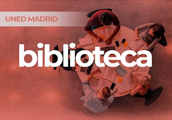 Portal BIBLIOTECA UNED Madrid. Imagen tomada desde arriba mesa de trabajo cuatro personas.
